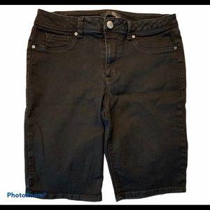 (2 for $20) 1822 Black denim Bermuda shorts